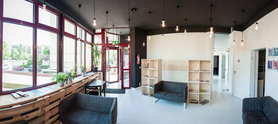 081-architekci-projekt-wnetrz-domkultury-ddk-lublin-foyer2